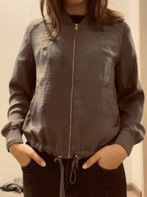 H&M Blusón marrón grisáceo-gris antracita