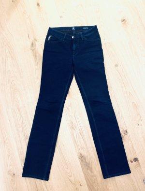 Dunkel blaue skinny Jeans v Bogner Supershape slim Gr. 36/S W28 L32