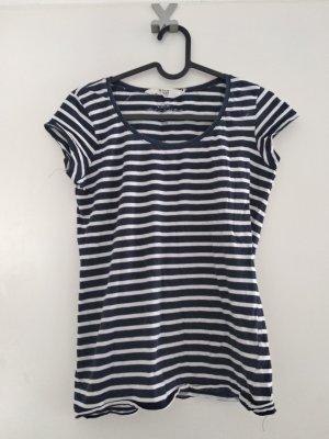 dunkelblau-weiß gestreiftes T-shirt
