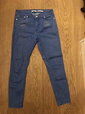 Dunkelblaue 7/8 Jeans