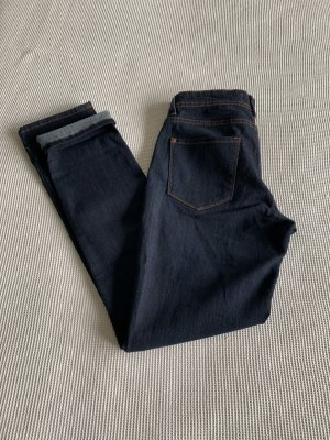 Dunkelblaue Jeans gerader Schnitt Slim