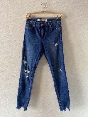 Bershka Jeans a sigaretta blu scuro-blu