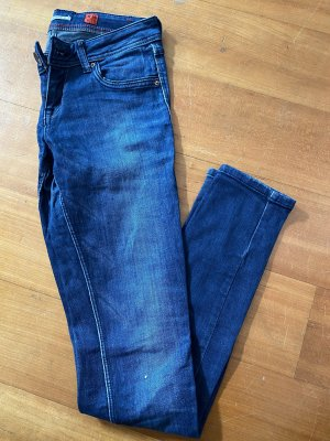Dunkelblaue Jeans S.Oliver Gr. 34