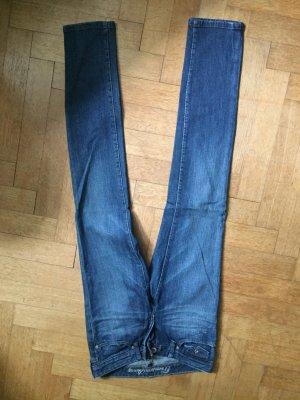 Dunkelblaue Jeans von Gap