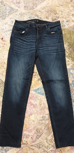"Dunkelblaue Jeanshose ""the straight tapered"", C&A, Größe 40"