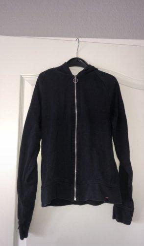 dunkelblaue kapuzen jacke