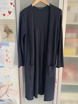 dunkelblaue, lange Strickhülle von Zara, Gr. M