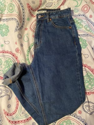 Dunkelblaue Mom Jeans