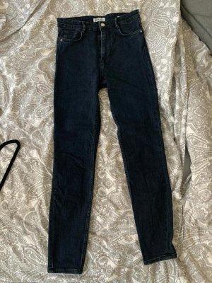 Dunkelblaue Skinny-Jeans (Größe 38)