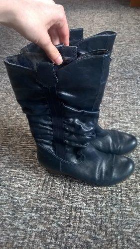 dunkelblaue Stiefel