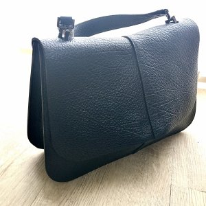 Dunkelblaue Tasche von Gianni Chiarini