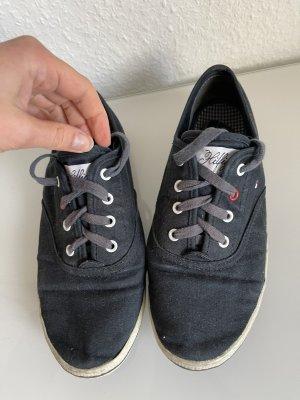 Dunkelblaue Tommy Hilfiger Sneaker