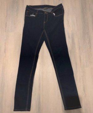 Jeans a sigaretta blu scuro