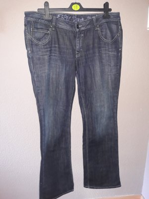 dunkelblauenJeans