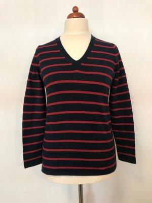 Dunkelblauer Baumwollpulli mit roten Streifen