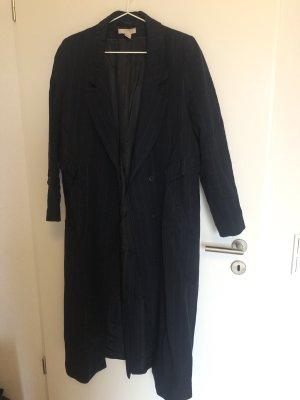 Dunkelblauer, langer Mantel Wolle