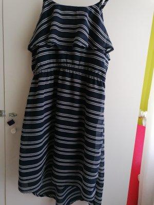 dunkelblauer Sommerkleid