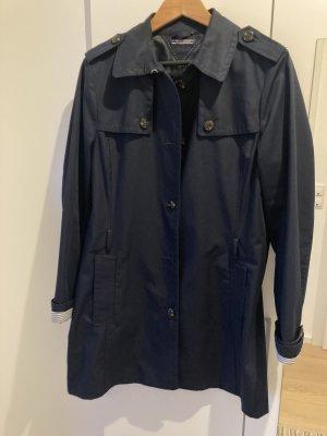Dunkelblauer Trenchcoat von Tommy Hilfiger - Größe L