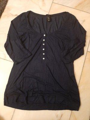 Dunkelblaues 3/4-Shirt