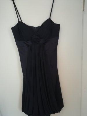 dunkelblaues festliches Kleid