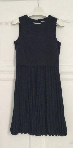 Dunkelblaues Kleid mit Plisseerock, Gr. S