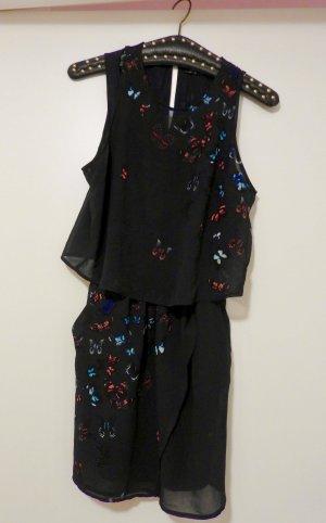 dunkelblaues Kleid mit Schmetterlingsmuster
