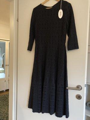 Dunkelblaues Kleid von edc - Größe 38