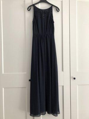 Dunkelblaues langes Kleid mit Spitzendetails