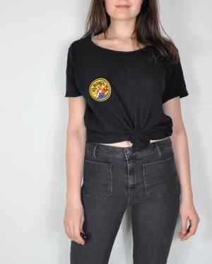 Dunkelblaues / Navy Shirt mit Patch auf der Brust
