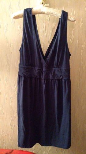 Dunkelblaues Sommerkleid