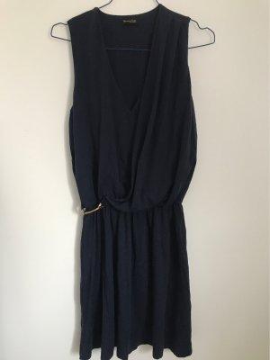Dunkelblaues Sommerkleid von Massimo Dutti