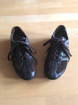 Dunkelbraune Geox Sneaker