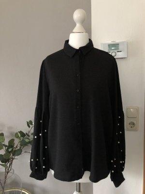 Dunkelgraue Bluse mit Perlen