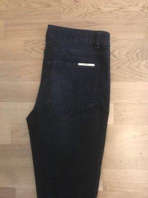 Dunkelgraue Jeans von Marlene Birger, Größe 29. 1x getragen. Neupreis 180 Euro
