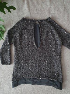 Dunkelgrauer Pullover mit tollem Rückenausschnitt von Zara