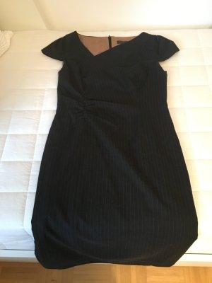 Dunkelgraues Etuikleid, festliches Kleid, Kleid mit Raffung