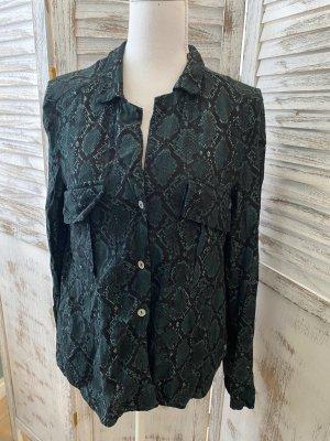 dunkelgrüne Bluse mit Crocooptik