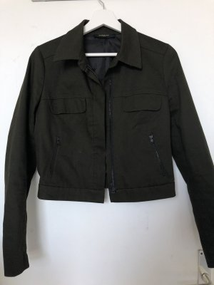 Dunkelgrüne Jacke von Reserved