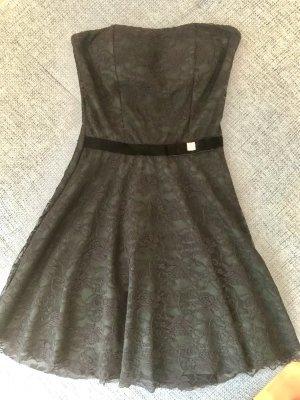 Dunkelgrünes Kleid mit schwarzer Spitze S