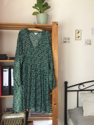 Dunkelgrünes, lockeres Kleid