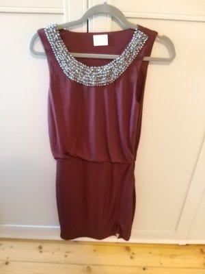 dunkelrotes Kleid von Vila