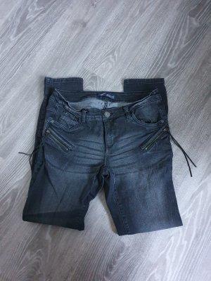 Dunkle Jeans von Arizona