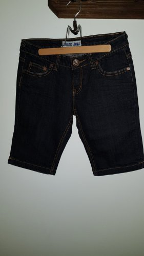 Dunkle Jeansshorts