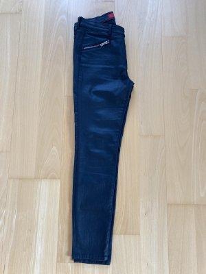 Hugo Boss Spodnie 7/8 czarny
