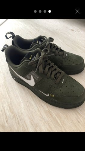 "e Nike Air Force 1 Low Utility in ""Olive Canvas"
