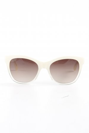 East Oval Sunglasses cream casual look