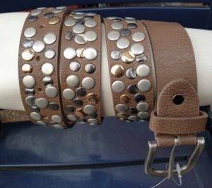 Boucle de ceinture brun
