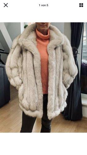 A&M Pelze Berlin Futrzany płaszcz biały-jasnoszary