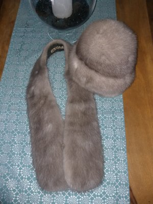 Fur Hat silver-colored-light grey