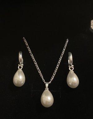 Orecchino di perle argento-bianco